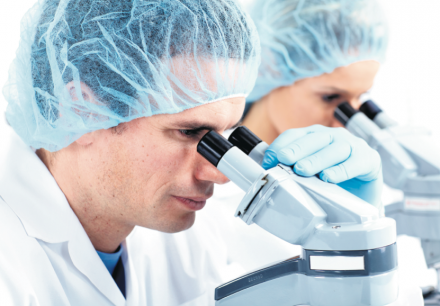 Les grands labos misent sur l'externalisation. Comment en profiter?