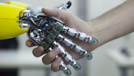 Suisse: des robots au service des aînés