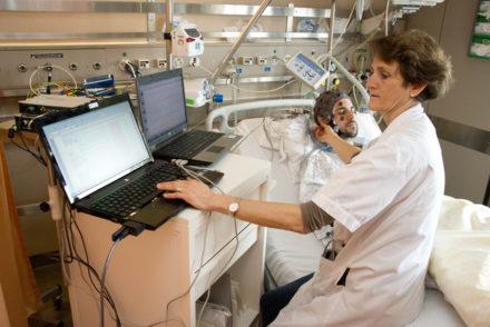 Des chercheurs zurichois tentent un revirement à 180° dans la thérapie du cancer