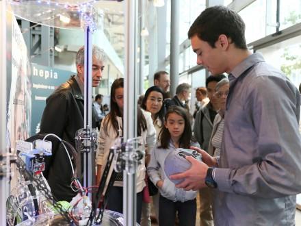 Le Campus Biotech pris d'assaut par le public