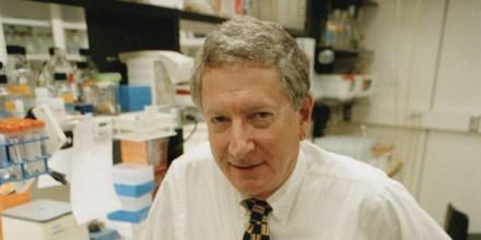 Mort du Prix Nobel de médecine Alfred Gilman, découvreur des protéines G