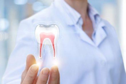 Les matériaux photoactifs de Lumendo, incubée à UniverCité/Inartis, révolutionnent la dentisterie