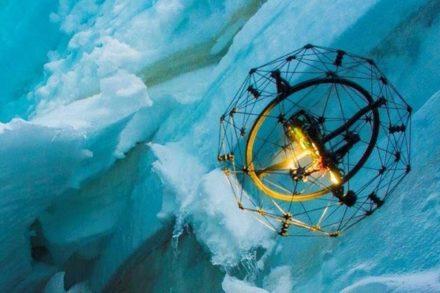 Dario Floreano: «L'avenir est aux drones multifonctions»