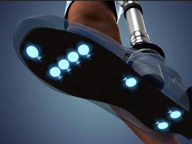 Une prothèse de jambe avec un retour sensoriel