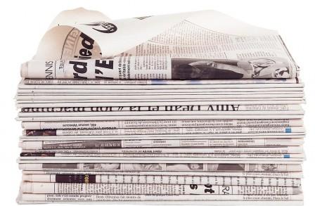Les médias contraints de réduire la voilure